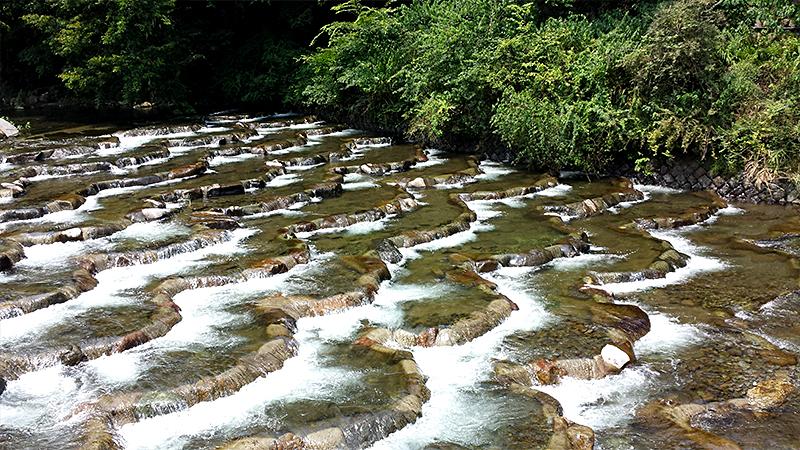 箱根の小さな滝