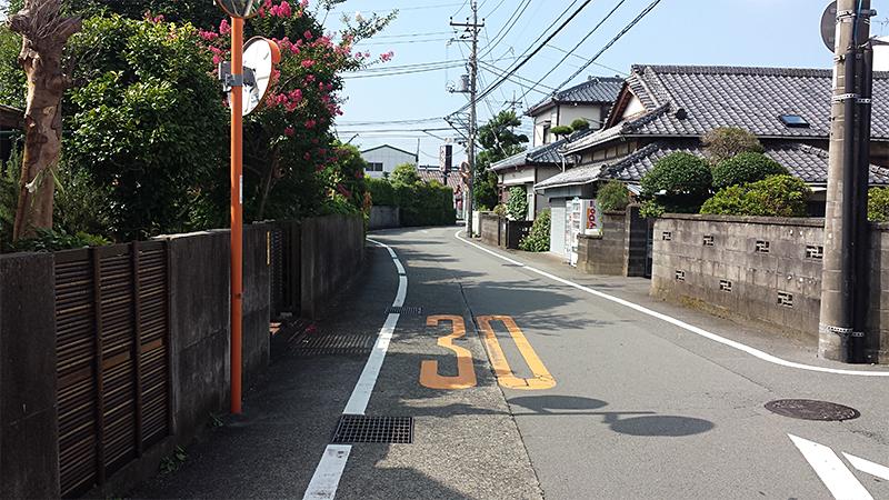三島市内の道