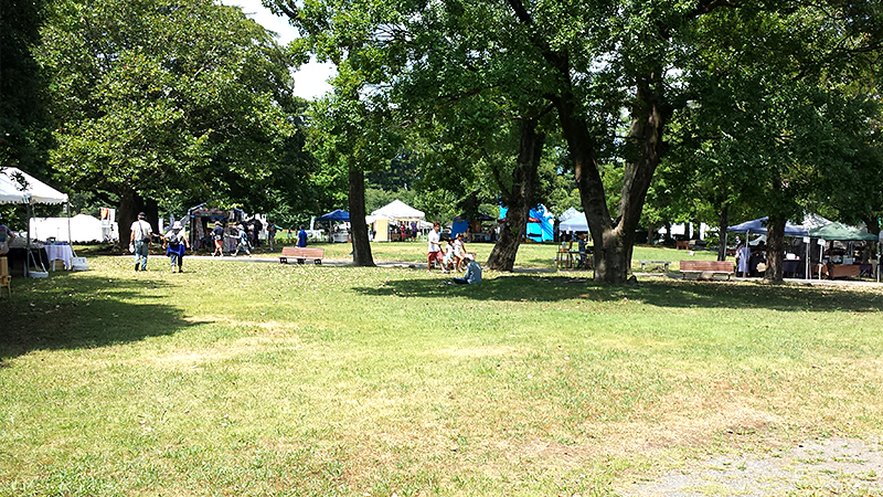 駿府城公園とクラフト市