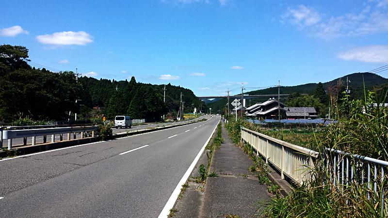 鈴鹿峠の下り坂