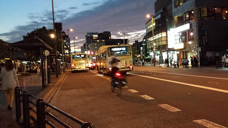 三条京阪駅前