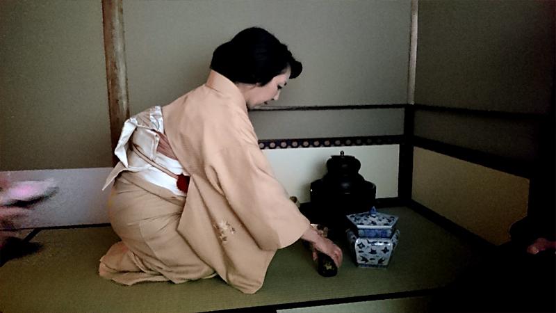 竹田先生の茶道体験