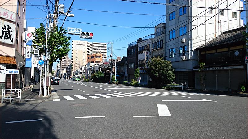吉原大門の交差点