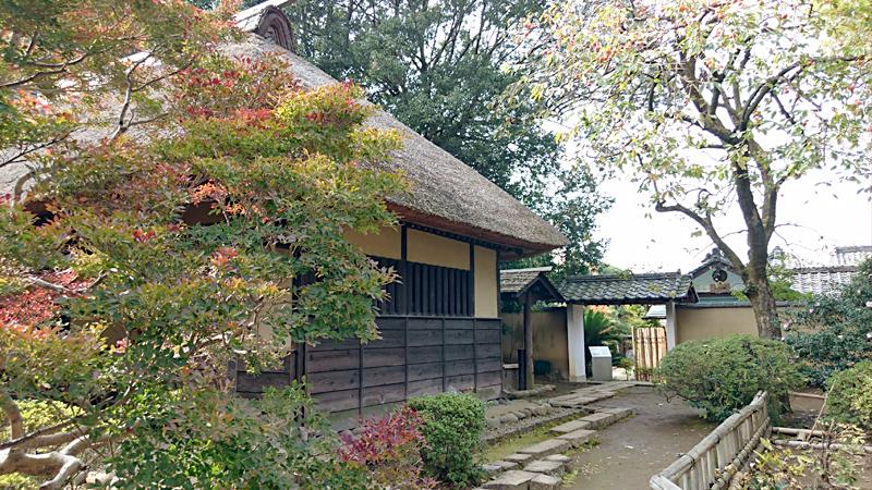 鷹見泉石記念館 わらぶき屋根