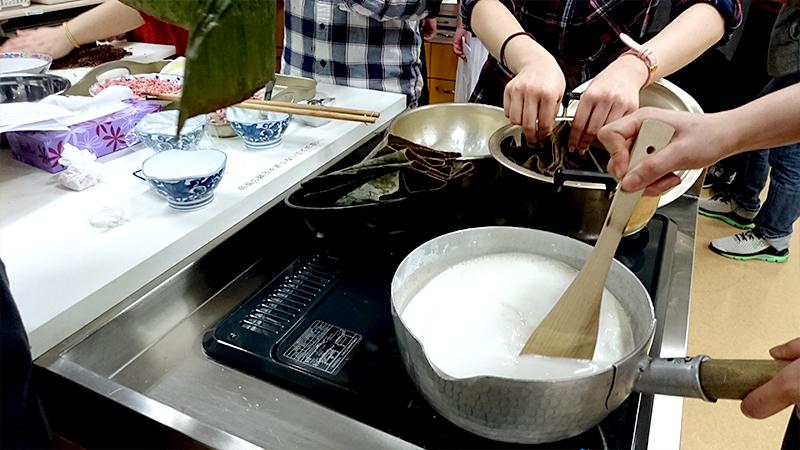 米粉を煮る