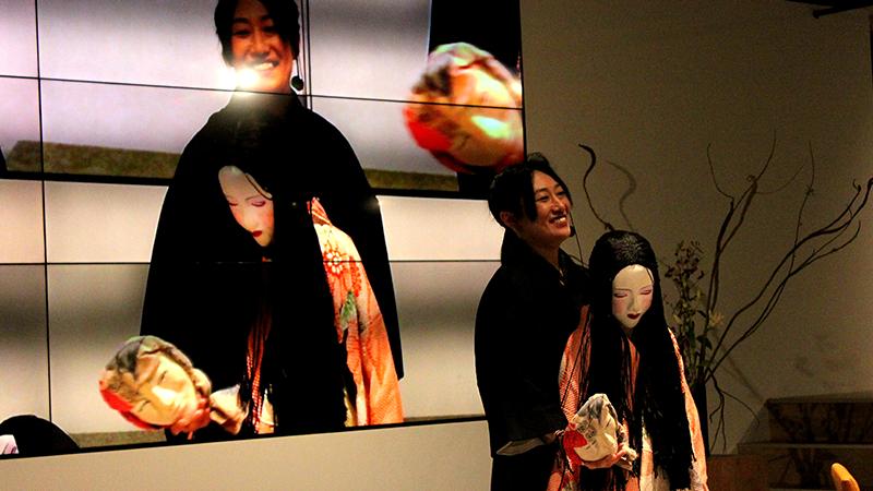 綾乃テンさんと人形